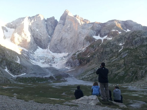 Day 18. North face of Vignemale, with its glacier, seen from the Oulettes de Gaube hostel.