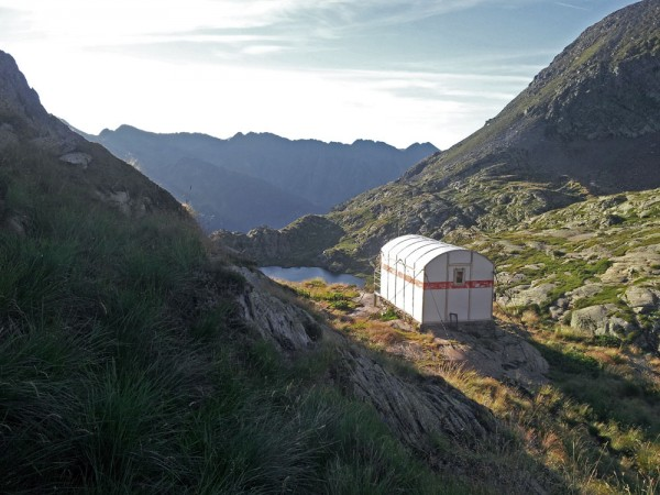 Mont Rouch on the Pyrenean Haute Route, a free hut with beds for 9.
